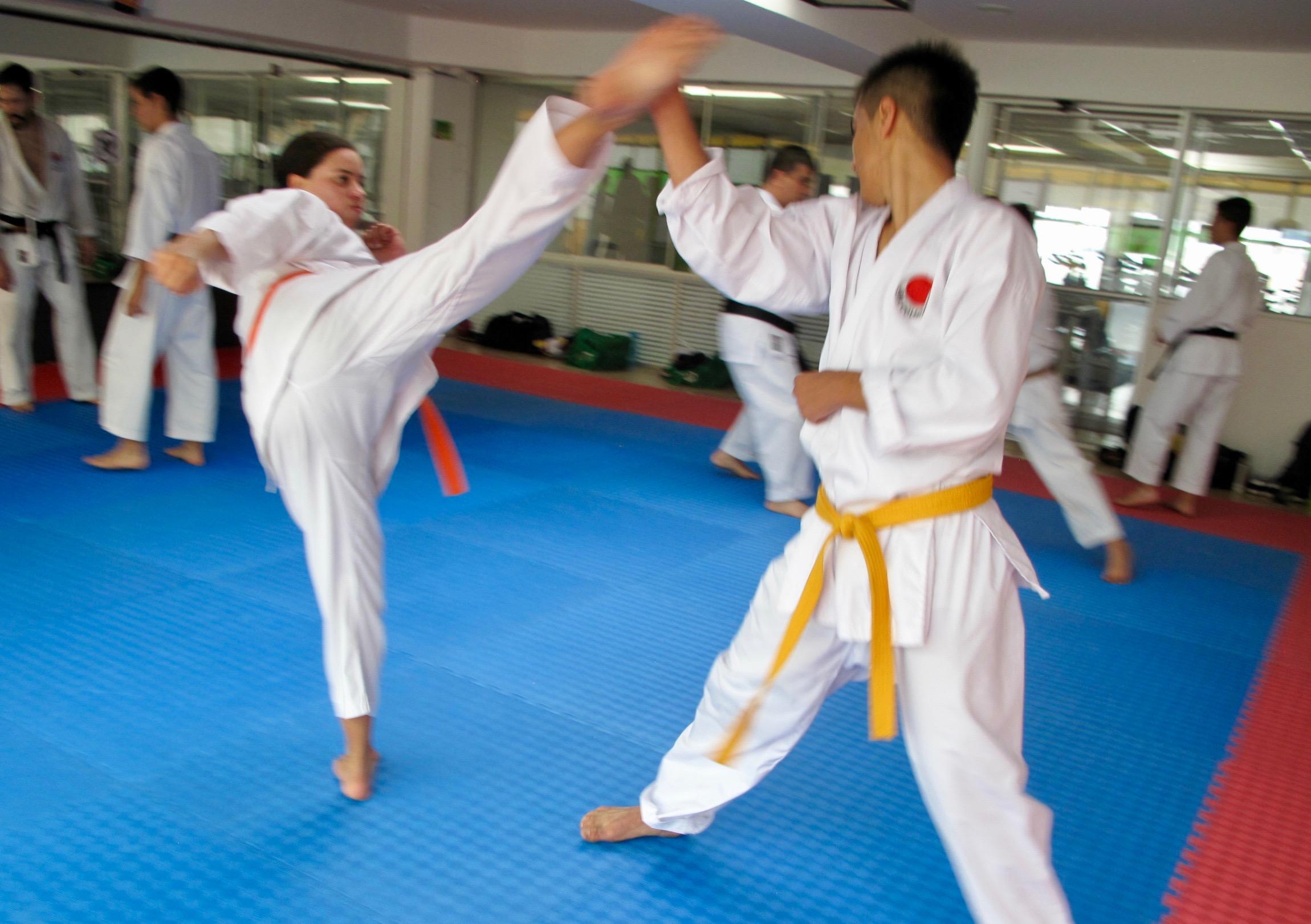 clases-de-karate-para-adolescentes